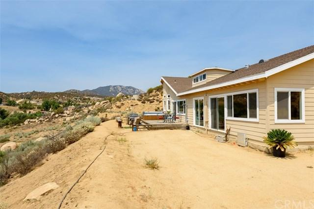 48755 Leaning Rock Court, Aguanga, CA 92536 (#SW19121886) :: EXIT Alliance Realty
