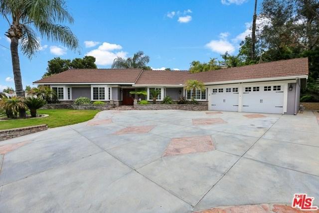 27425 Santa Fe Street, Hemet, CA 92543 (#19470466) :: Berkshire Hathaway Home Services California Properties