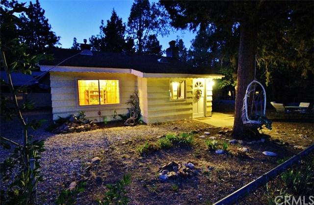 378 Holmes Lane, Big Bear, CA 92386 (#EV19122861) :: Berkshire Hathaway Home Services California Properties