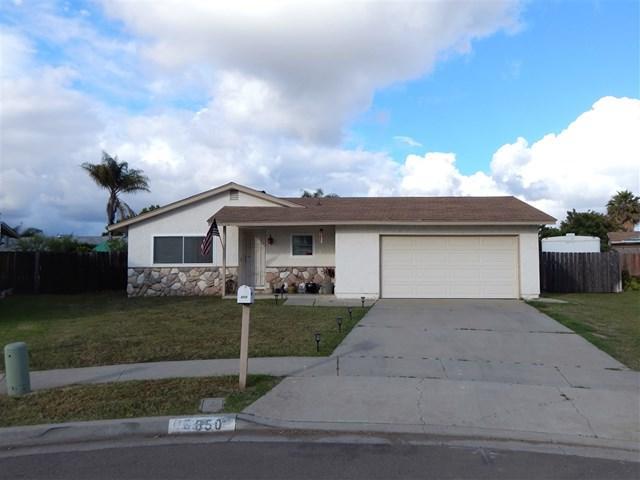 650 Diane Place, Escondido, CA 92026 (#190028895) :: Berkshire Hathaway Home Services California Properties