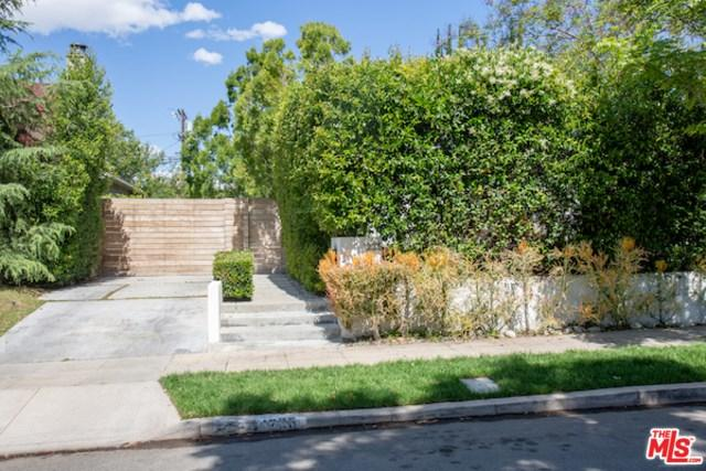 1225 Masselin Avenue, Los Angeles (City), CA 90019 (#19470482) :: Rogers Realty Group/Berkshire Hathaway HomeServices California Properties