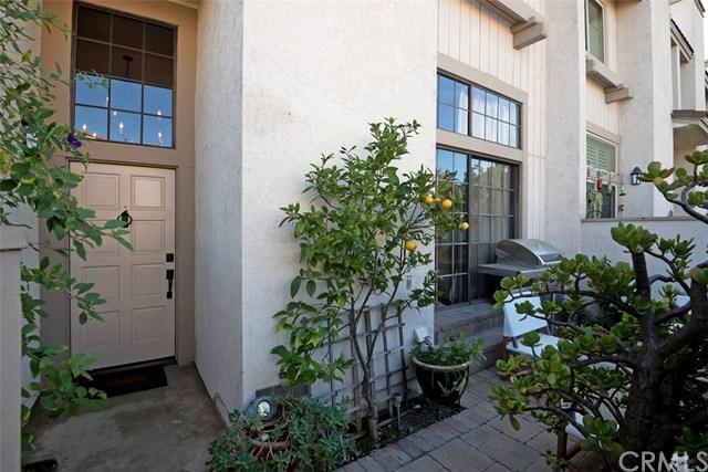11 Morningside, Irvine, CA 92603 (#OC19122865) :: Fred Sed Group