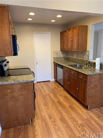 1555 Border Avenue F, Corona, CA 92882 (#TR19123001) :: Naylor Properties