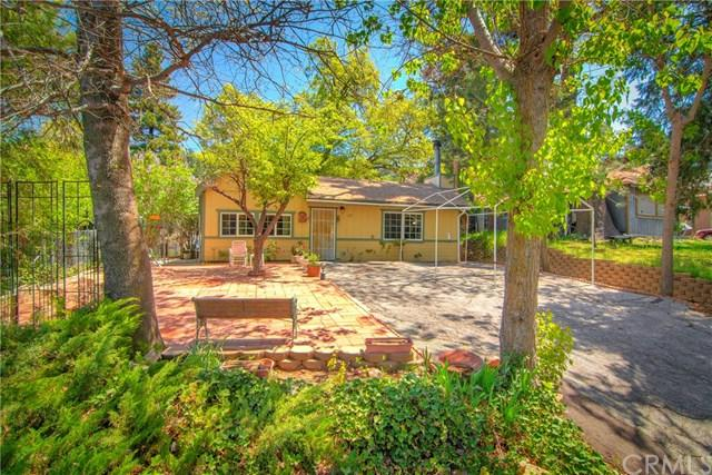 275 Spruce Drive, Crestline, CA 92325 (#EV19123131) :: Blake Cory Home Selling Team
