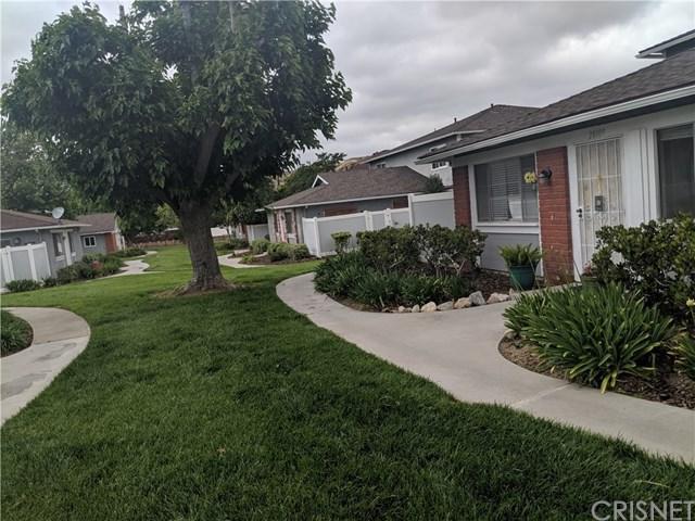 28109 Robin Avenue, Saugus, CA 91350 (#SR19122664) :: Heller The Home Seller