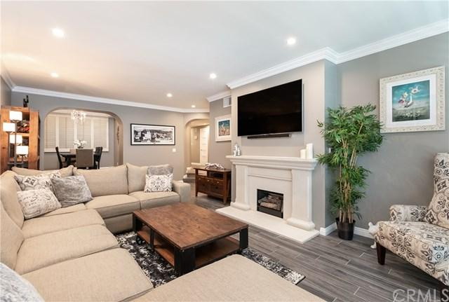 8455 Fountain Avenue #101, West Hollywood, CA 90069 (MLS #SB19117379) :: Desert Area Homes For Sale