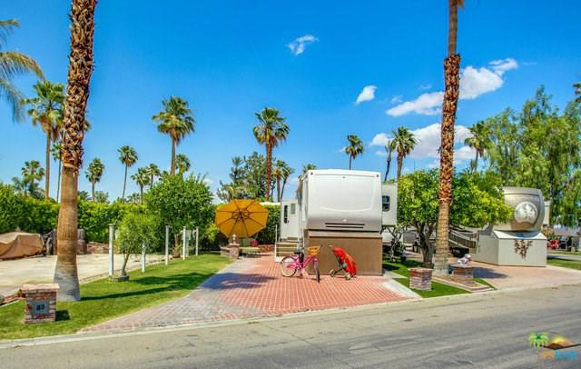 69411 Ramon Road, Cathedral City, CA 92234 (#19471008PS) :: Millman Team
