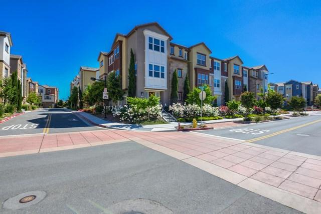 116 Newbury Street, Milpitas, CA 95035 (#ML81754123) :: Fred Sed Group