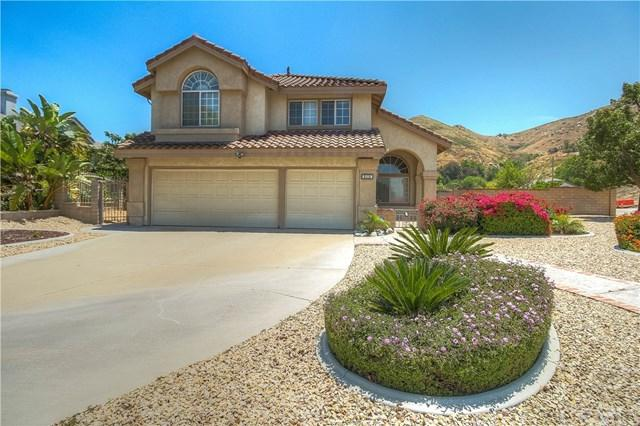 2110 Sunset Court, Colton, CA 92324 (#IV19127260) :: RE/MAX Masters