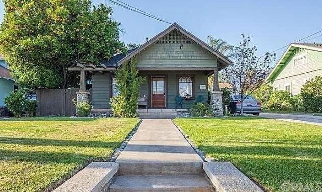 767 Earlham Street, Pasadena, CA 91101 (#CV19130963) :: Team Tami