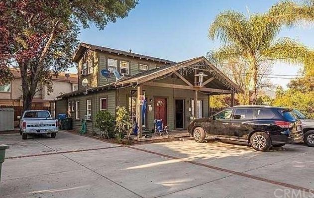 769 Earlham Street, Pasadena, CA 91101 (#CV19131160) :: Team Tami