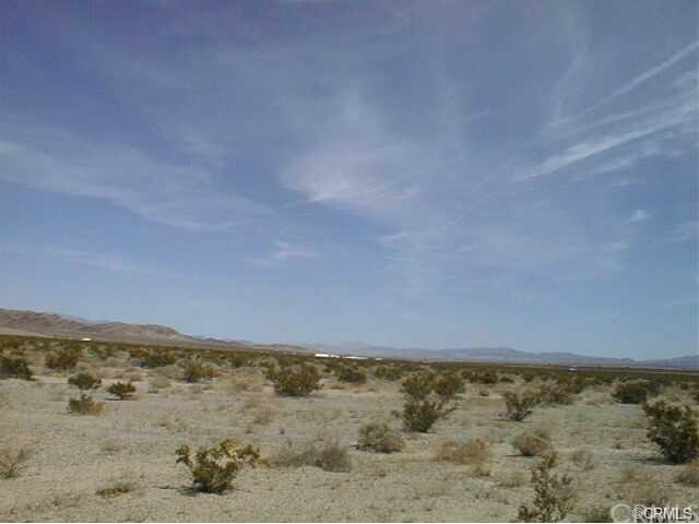 0 Waylyn, 29 Palms, CA  (#PW19132291) :: J1 Realty Group