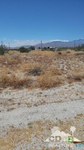 Agua Cayendo, Desert Hot Springs, CA 92240 (#219016081DA) :: Fred Sed Group