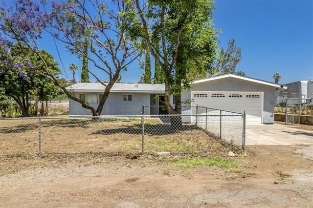 9494 Chimney Rock Ln, El Cajon, CA 92021 (#190031012) :: Heller The Home Seller