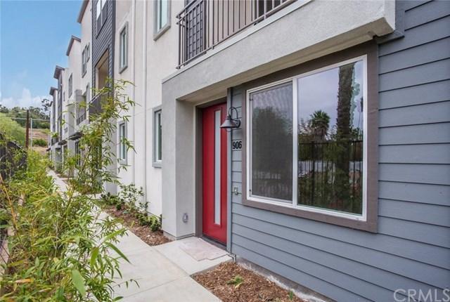 2548 S Escondido Boulevard #906, Escondido, CA 92025 (#OC19126490) :: Go Gabby