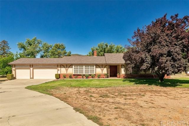 34255 Tyndall Road, Agua Dulce, CA 91390 (#SR19134098) :: Heller The Home Seller