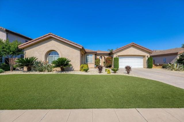 2242 Carson Avenue, Clovis, CA 93611 (#ML81755991) :: The Costantino Group | Cal American Homes and Realty