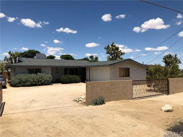 57398 Pueblo Trl, Yucca Valley, CA 92284 (#JT19137521) :: The Darryl and JJ Jones Team