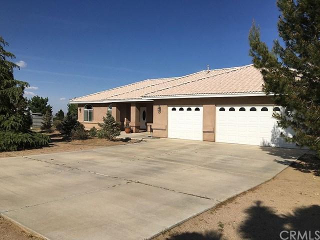 9433 Middleton Road, Phelan, CA 92371 (#OC19136793) :: Rogers Realty Group/Berkshire Hathaway HomeServices California Properties