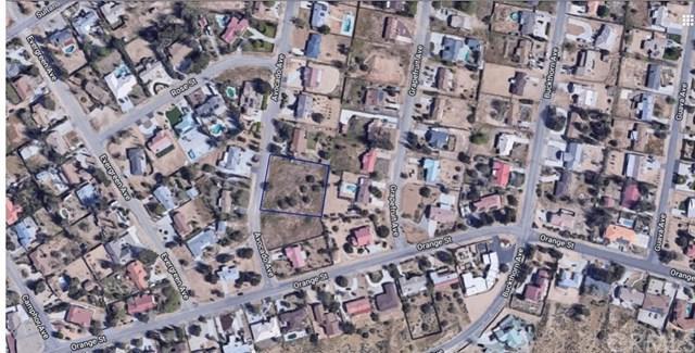 8700 Avocado, Hesperia, CA  (#OC19137526) :: Allison James Estates and Homes
