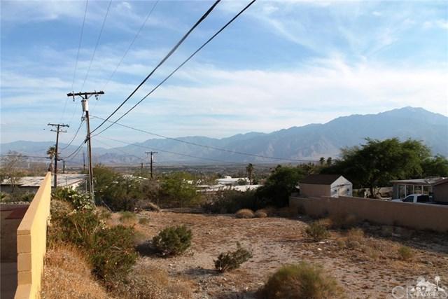 Avenida Alta Loma, Desert Hot Springs, CA 92240 (#219016723DA) :: Fred Sed Group
