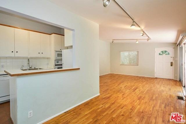 2176 N Beverly Glen Boulevard, Los Angeles (City), CA 90077 (#19477184) :: Provident Real Estate