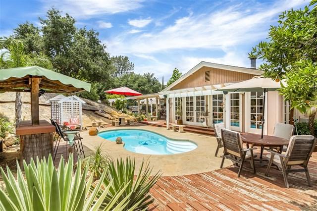 5023 5th Street, Fallbrook, CA 92028 (#190032366) :: Heller The Home Seller
