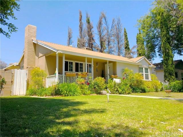 15911 San Fernando Mission Boulevard, Granada Hills, CA 91344 (#SR19127608) :: Team Tami