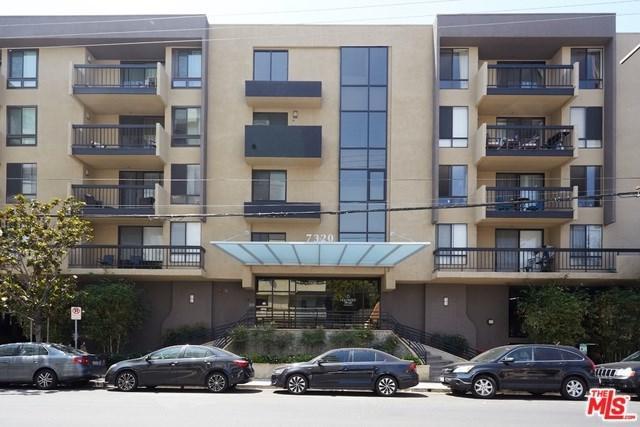 7320 Hawthorn Avenue #105, Los Angeles (City), CA 90046 (#19476358) :: Team Tami