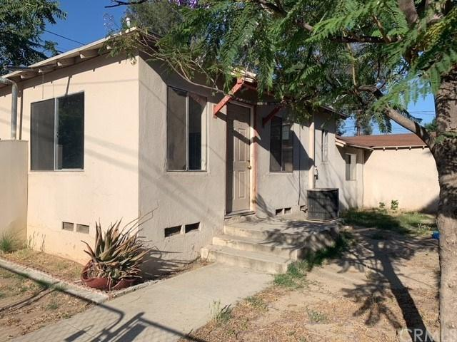 3658 Cedar Street, Riverside, CA 92501 (#IV19140055) :: The DeBonis Team