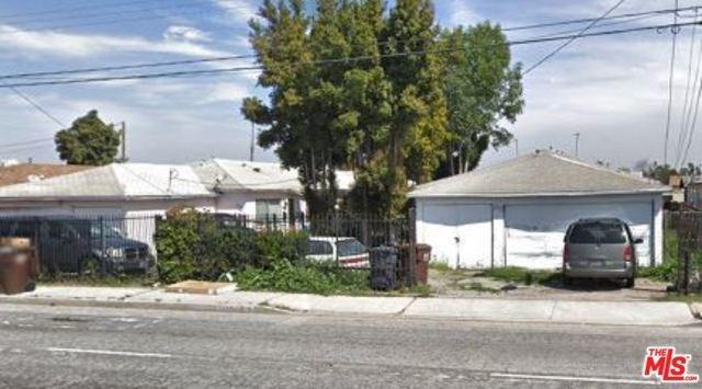 1408 S Wilmington Avenue, Compton, CA 90220 (#19477864) :: Heller The Home Seller