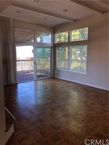 5 Kensington Court #22, Newport Beach, CA 92660 (#NP19138703) :: J1 Realty Group