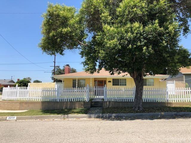 3209 E Point Cedar Drive, West Covina, CA 91792 (#WS19140543) :: The Danae Aballi Team