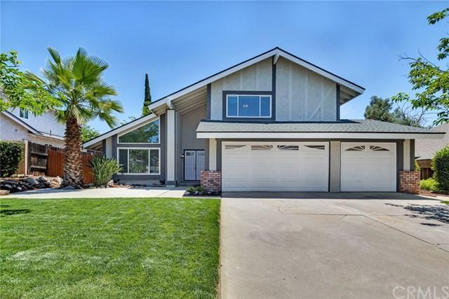 12120 Aaron Drive, Moreno Valley, CA 92557 (#IV19140554) :: Team Tami