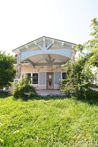 14291 Berg Street, Sylmar, CA 91342 (#SR19138637) :: Fred Sed Group