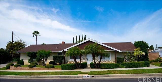 13191 Cranston Avenue, Sylmar, CA 91342 (#SR19140583) :: Fred Sed Group