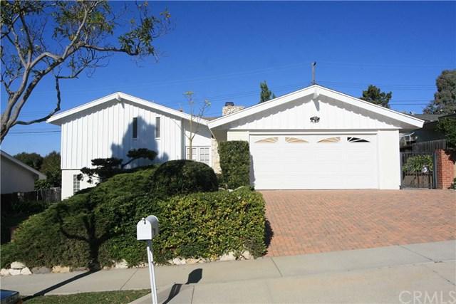 6935 Willowtree Drive, Rancho Palos Verdes, CA 90275 (#PV19140415) :: Go Gabby