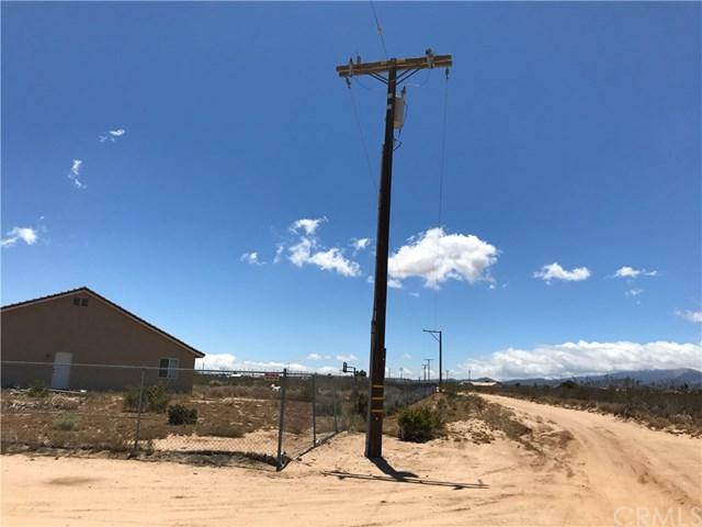 7223 Dos Palmas Road, Phelan, CA 92371 (#PW19141172) :: Rogers Realty Group/Berkshire Hathaway HomeServices California Properties