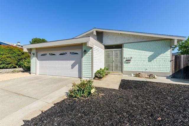 8419 Carlton Oaks Dr, Santee, CA 92071 (#190032976) :: OnQu Realty