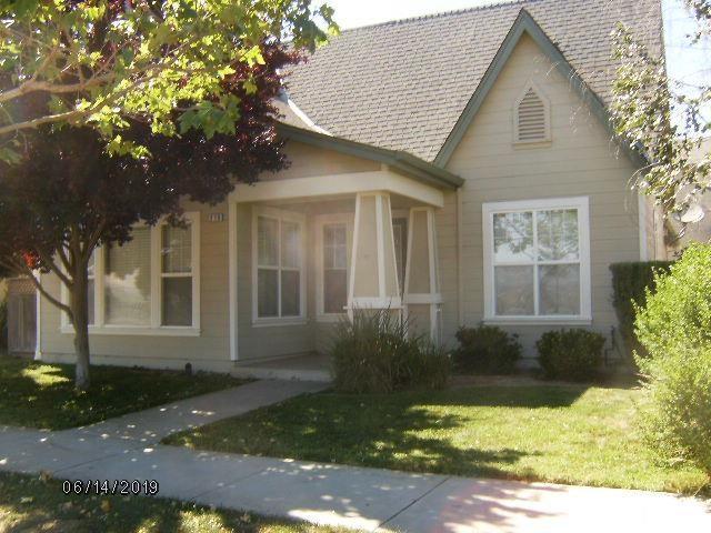 210 Oak Avenue, Greenfield, CA 93927 (#ML81756734) :: Keller Williams Realty, LA Harbor