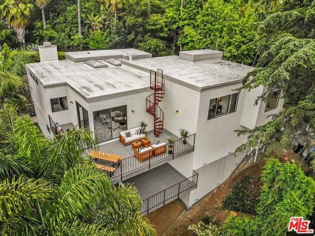 2329 El Contento Drive, Los Angeles (City), CA 90068 (#19476024) :: Heller The Home Seller
