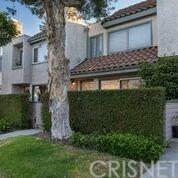 9111 Lemona Avenue #4, Granada Hills, CA 91343 (#SR19141023) :: Team Tami