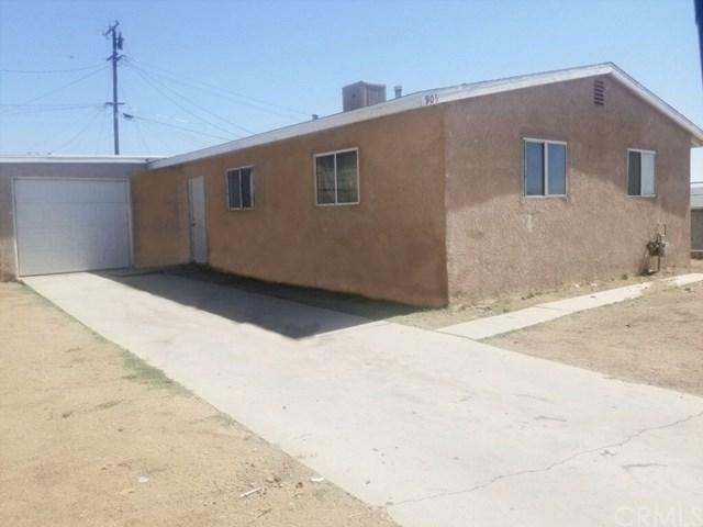 905 E Elizabeth Street, Barstow, CA 92311 (#CV19141884) :: Ardent Real Estate Group, Inc.
