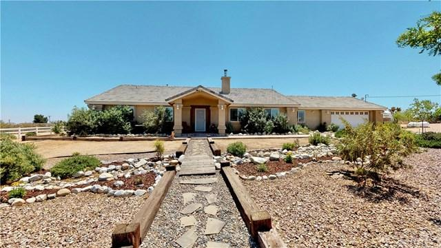 11777 Oxford Road, Phelan, CA 92371 (#IG19141886) :: Ardent Real Estate Group, Inc.