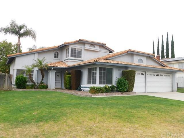 1585 W Via Bello Drive, Rialto, CA 92377 (#TR19141949) :: Keller Williams Realty, LA Harbor