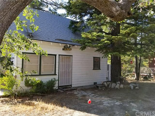 32830 Lone Pine Drive, Arrowbear, CA 92382 (#EV19141515) :: Fred Sed Group