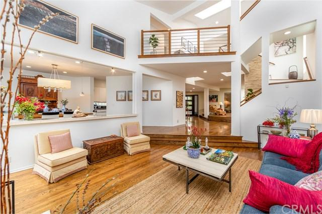 377 Marina Park Lane, Long Beach, CA 90803 (#RS19142476) :: The Laffins Real Estate Team