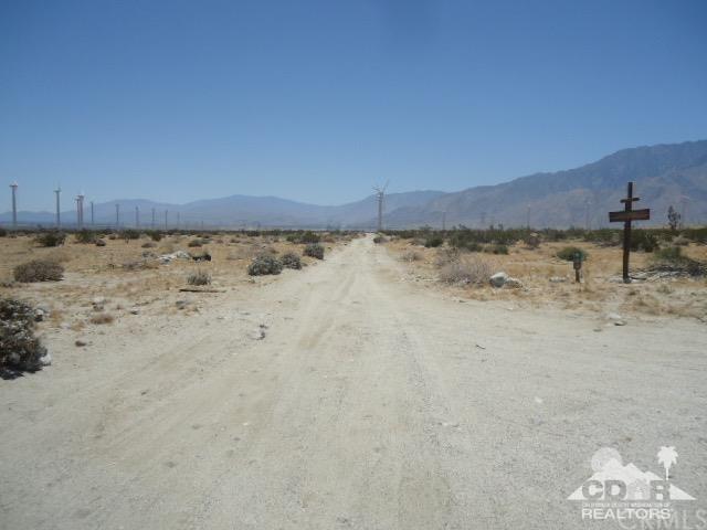 Western, Desert Hot Springs, CA 92240 (#219017171DA) :: Fred Sed Group