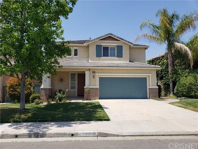 19639 Edgehurst Lane, Saugus, CA 91350 (#SR19143000) :: The Laffins Real Estate Team