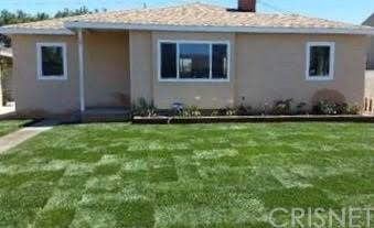 24412 Seagrove Avenue, Wilmington, CA 90744 (#SR19137873) :: The Costantino Group | Cal American Homes and Realty